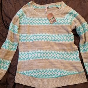 Nice winter sweater, New with tags